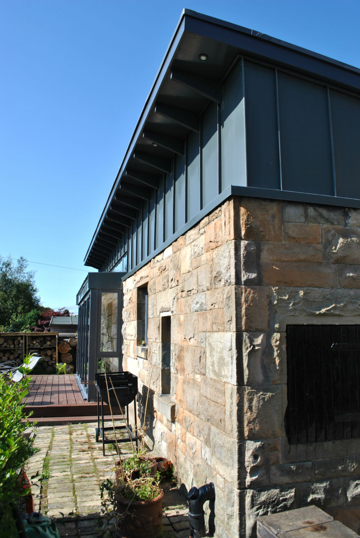 Cowie House 05